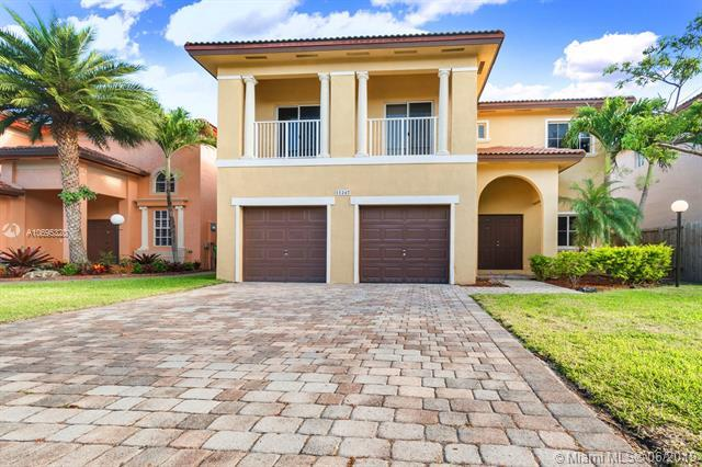 11247 SW 229th Ter, Miami, FL 33170 (MLS #A10695320) :: The Riley Smith Group