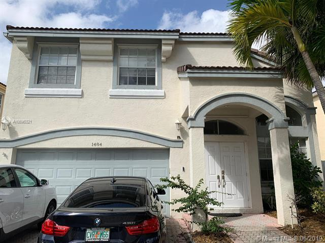 1484 NW 153rd Ave, Pembroke Pines, FL 33028 (MLS #A10695321) :: Green Realty Properties