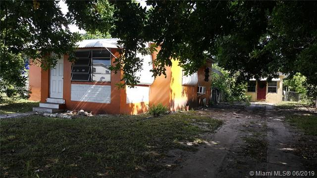 1522 NW 81st St, Miami, FL 33147 (MLS #A10695533) :: Berkshire Hathaway HomeServices EWM Realty