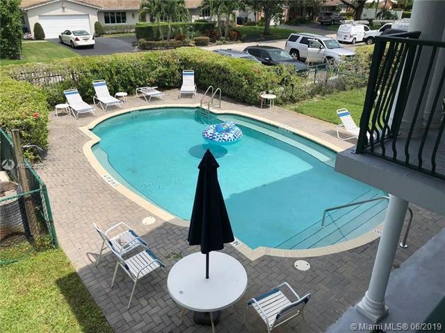 4001 NE 21st Ave #205, Fort Lauderdale, FL 33308 (MLS #A10695570) :: Green Realty Properties