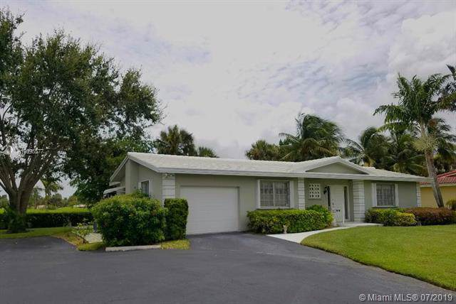 7212 E Tropical Way, Plantation, FL 33317 (MLS #A10695577) :: The Paiz Group