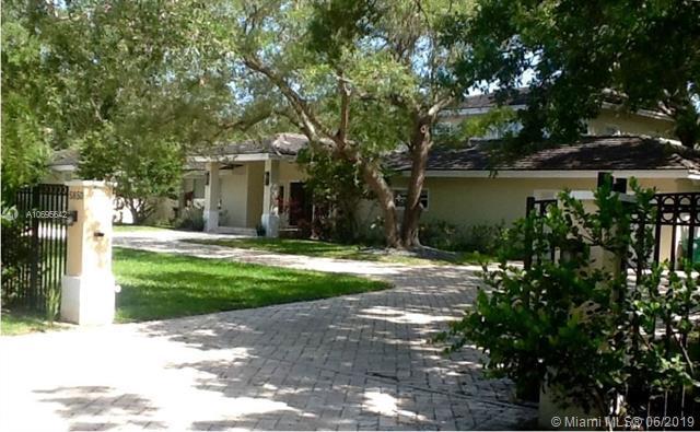 5850 Rolling Road Dr, Pinecrest, FL 33156 (MLS #A10695642) :: Grove Properties