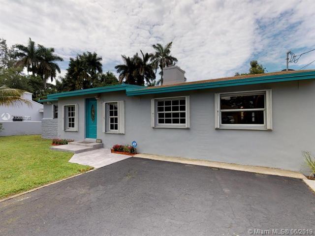 88 NW 85th St, Miami, FL 33150 (MLS #A10695790) :: Berkshire Hathaway HomeServices EWM Realty