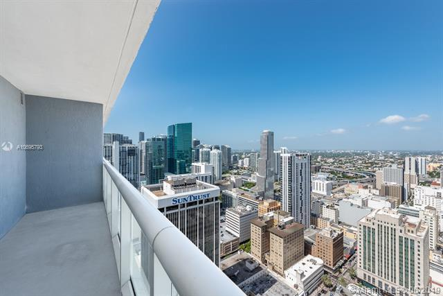 50 Biscayne Blvd #4803, Miami, FL 33132 (MLS #A10695793) :: The Brickell Scoop