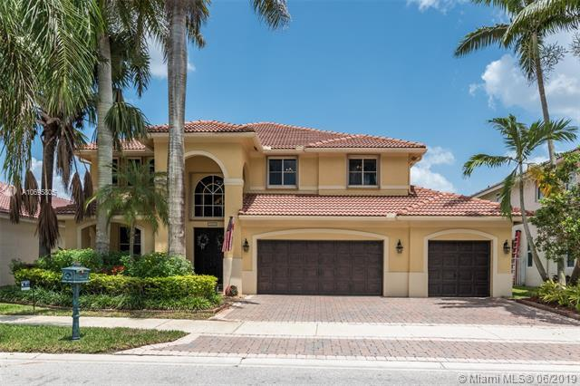 2426 Deer Creek Rd, Weston, FL 33327 (MLS #A10695805) :: The Teri Arbogast Team at Keller Williams Partners SW