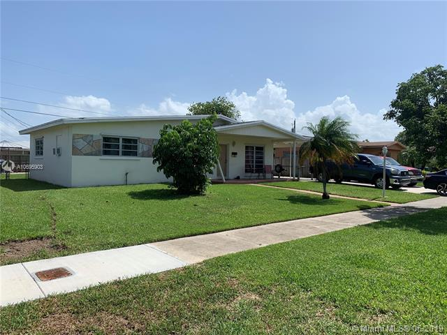 12420 SW 190th Ter, Miami, FL 33177 (MLS #A10695903) :: Laurie Finkelstein Reader Team