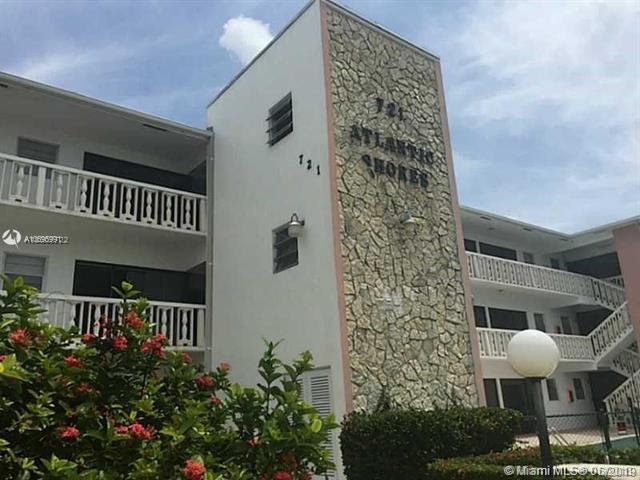 721 Atlantic Shores Blvd #111, Hallandale, FL 33009 (MLS #A10695991) :: Miami Villa Group