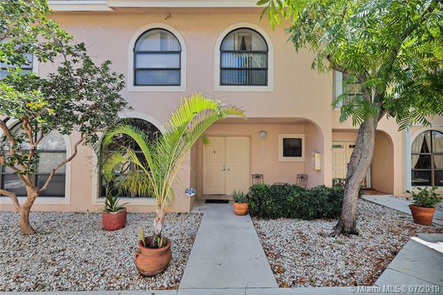 5201 NE 14th Ter #202, Fort Lauderdale, FL 33334 (MLS #A10696169) :: Grove Properties