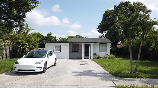 4337 Clinton Blvd, Lake Worth, FL 33461 (MLS #A10696198) :: The Paiz Group