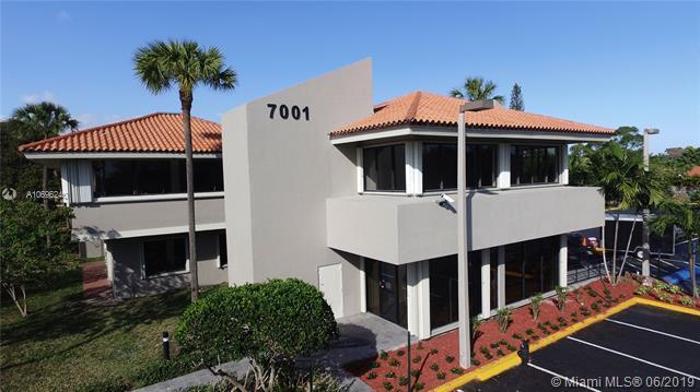 7001 SW 97th Ave #106, Miami, FL 33173 (MLS #A10696240) :: Berkshire Hathaway HomeServices EWM Realty