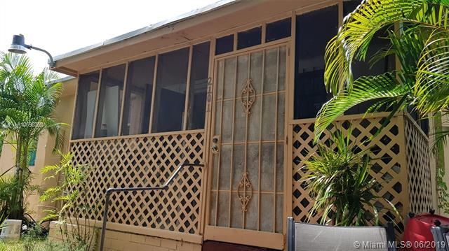2101 NW 42nd St, Miami, FL 33142 (MLS #A10696350) :: Berkshire Hathaway HomeServices EWM Realty