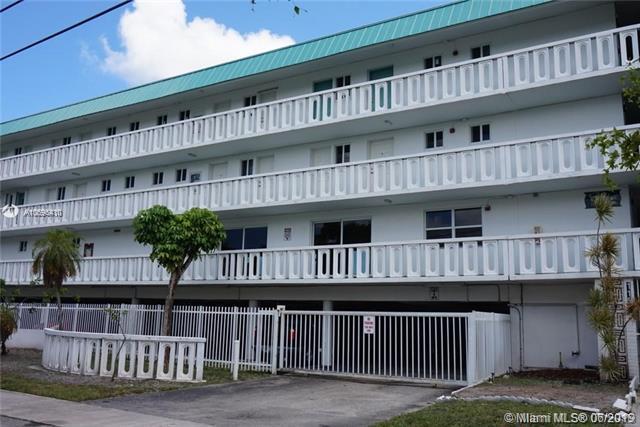 1150 NE 191st St #37, Miami, FL 33179 (MLS #A10696410) :: Berkshire Hathaway HomeServices EWM Realty