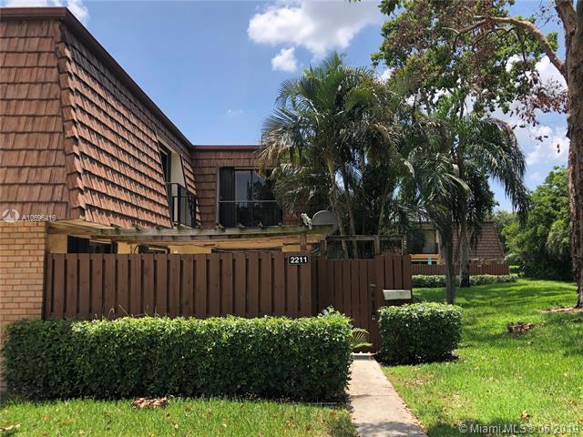 2211 22nd Ln, Green Acres, FL 33463 (MLS #A10696416) :: Grove Properties