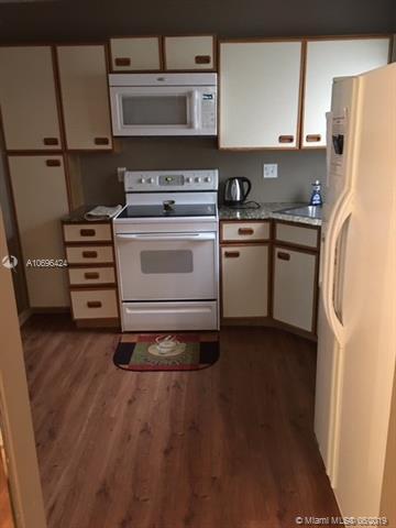 2650 N Carambola Cir N #1736, Coconut Creek, FL 33066 (MLS #A10696424) :: Grove Properties