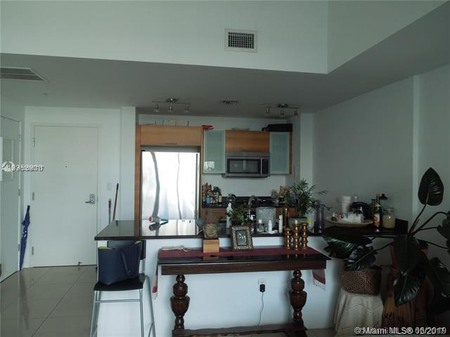 3301 NE 1st Ave M0707, Miami, FL 33137 (MLS #A10696717) :: Ray De Leon with One Sotheby's International Realty
