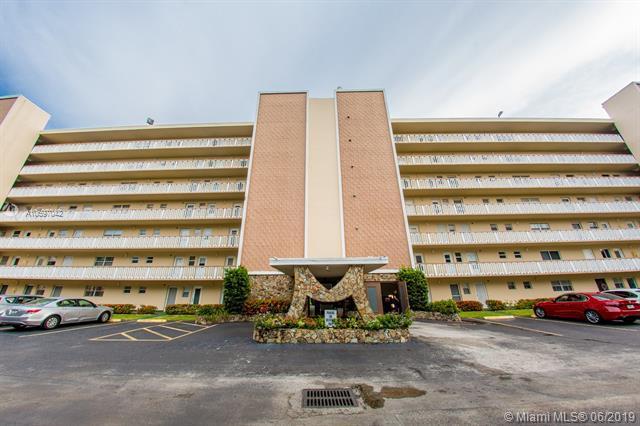 1001 NE 14th Ave #101, Hallandale, FL 33009 (MLS #A10697042) :: Green Realty Properties