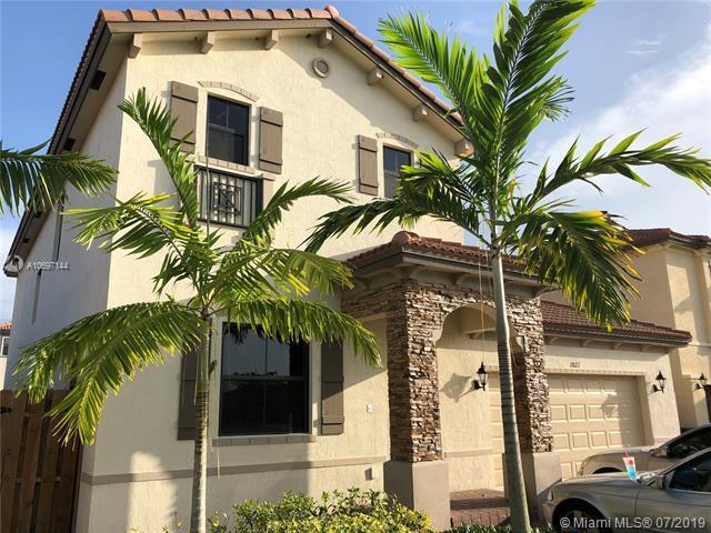 11822 SW 234th Ter, Homestead, FL 33032 (MLS #A10697144) :: Grove Properties