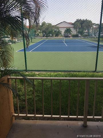 17911 NW 68 N-101, Hialeah, FL 33015 (MLS #A10697160) :: Grove Properties