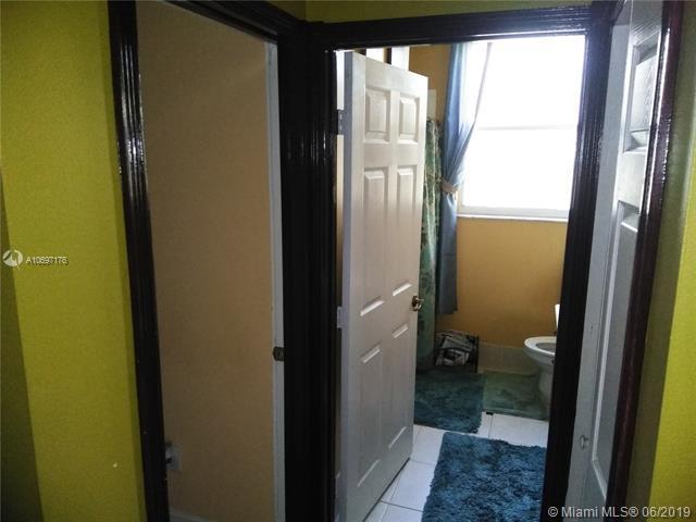 2604 SW 135th Ave, Miramar, FL 33027 (MLS #A10697176) :: Grove Properties