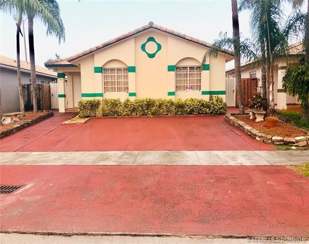 7053 W 33rd Ln, Hialeah, FL 33018 (MLS #A10697178) :: Grove Properties
