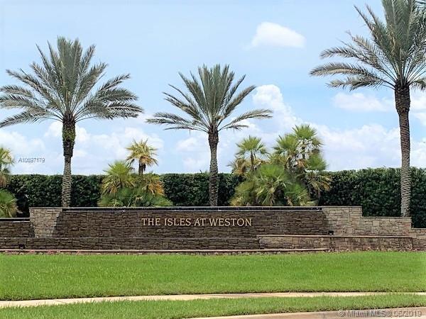 19141 Seneca Ave, Weston, FL 33332 (MLS #A10697179) :: Green Realty Properties