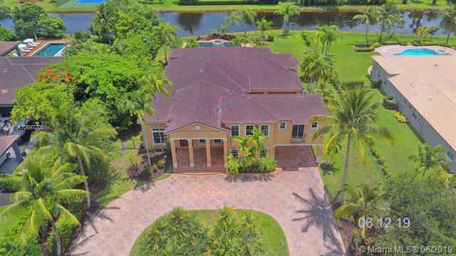 11370 NW 6th St, Plantation, FL 33325 (MLS #A10697203) :: Grove Properties