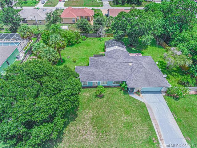 1041 SW General Patton Ter, Port Saint Lucie, FL 34953 (MLS #A10697282) :: Grove Properties