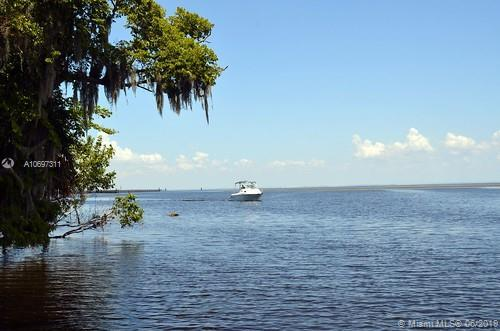 0000 000, Other City - In The State Of Florida, FL  (MLS #A10697311) :: Grove Properties