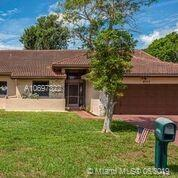 8708 NW 82nd St, Tamarac, FL 33321 (MLS #A10697322) :: The Riley Smith Group