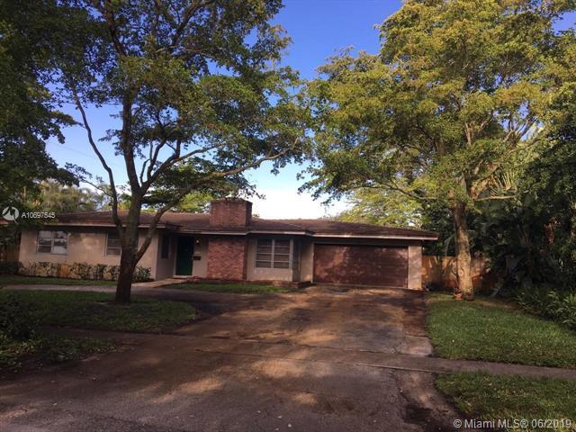 741 N Fig Tree Ln, Plantation, FL 33317 (MLS #A10697545) :: Grove Properties