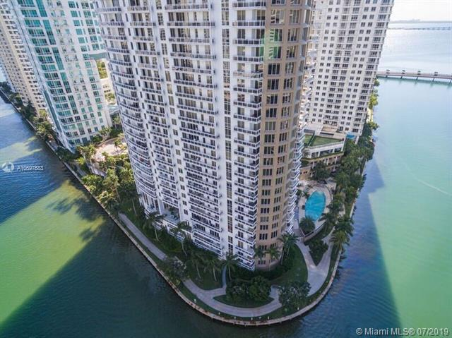 901 Brickell Key Blvd #806, Miami, FL 33131 (MLS #A10697683) :: Ray De Leon with One Sotheby's International Realty
