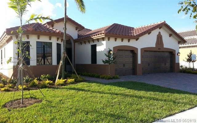 8971 Edgewater Bnd, Parkland, FL 33076 (MLS #A10698027) :: Green Realty Properties
