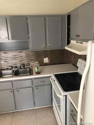 Lauderhill, FL 33313 :: Grove Properties