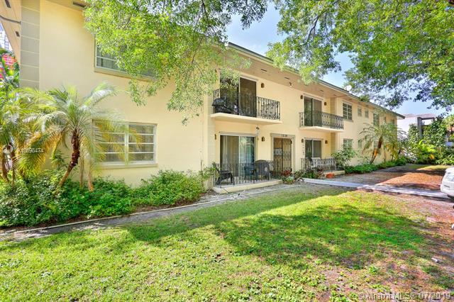 1239 Mariposa Ave #1, Coral Gables, FL 33146 (MLS #A10698474) :: The Riley Smith Group