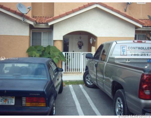 237 E 3rd St #4, Hialeah, FL 33010 (MLS #A10698643) :: Castelli Real Estate Services