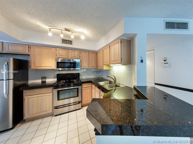 1280 S Alhambra Cir #1304, Coral Gables, FL 33146 (MLS #A10698647) :: Grove Properties