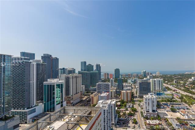 185 SW 7th St #4102, Miami, FL 33130 (MLS #A10698753) :: Grove Properties