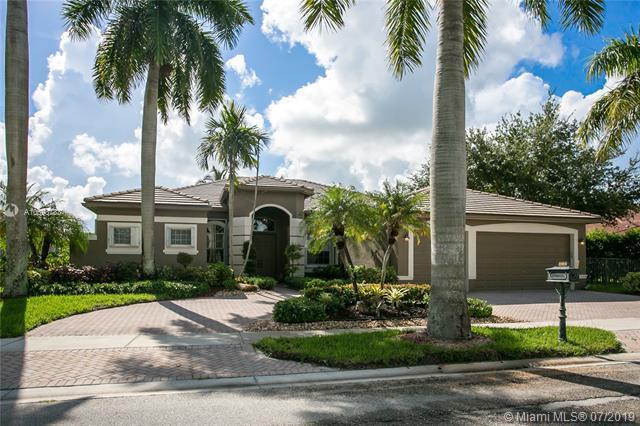 2484 Eagle Run Dr, Weston, FL 33327 (MLS #A10698783) :: Green Realty Properties