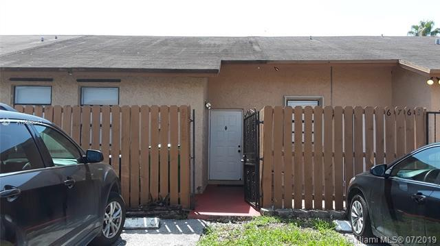 6765 NW 189 Terrace, Miami, FL 33015 (MLS #A10698943) :: RE/MAX Presidential Real Estate Group
