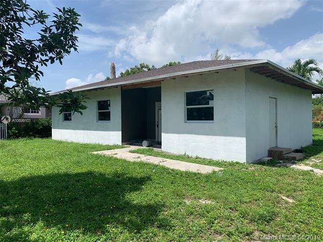 14840 NE 8th Ave, Miami, FL 33161 (MLS #A10699101) :: Grove Properties