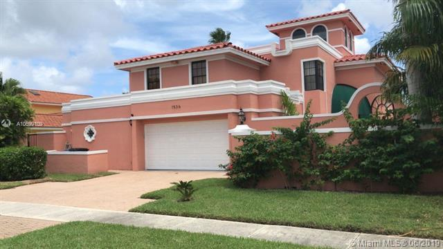 1536 SW 5th Ave, Boca Raton, FL 33432 (MLS #A10699109) :: Ray De Leon with One Sotheby's International Realty