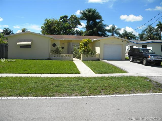3410 NW 40th Ct, Lauderdale Lakes, FL 33309 (MLS #A10699486) :: Grove Properties