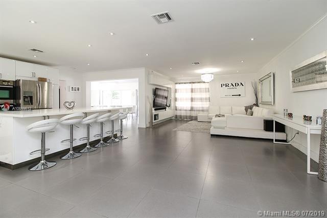 271 191st Ter, Sunny Isles Beach, FL 33160 (MLS #A10699612) :: Grove Properties