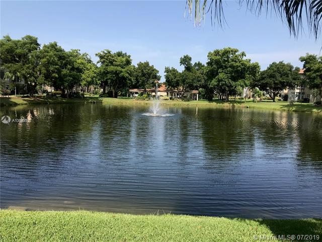 Lauderdale Lakes, FL 33319 :: Grove Properties