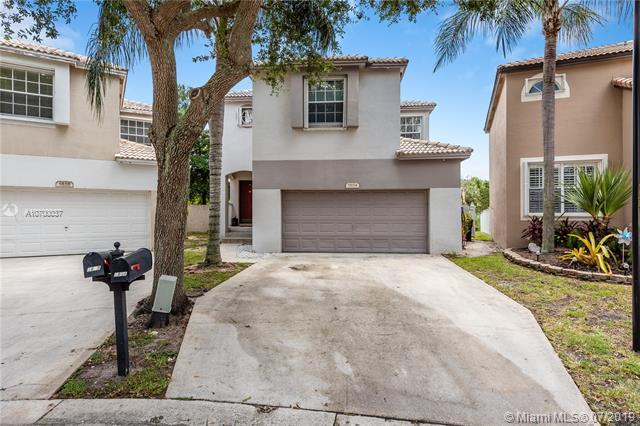 5854 Eagle Cay Cir, Coconut Creek, FL 33073 (MLS #A10700037) :: Grove Properties
