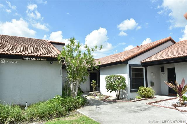 14980 SW 48th Ter 28F, Miami, FL 33185 (MLS #A10700127) :: Ray De Leon with One Sotheby's International Realty