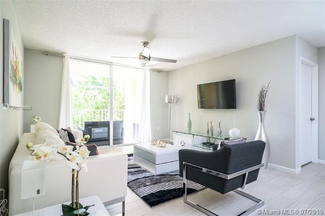 19877 E Country Club Dr 3-206, Aventura, FL 33180 (MLS #A10700552) :: Ray De Leon with One Sotheby's International Realty