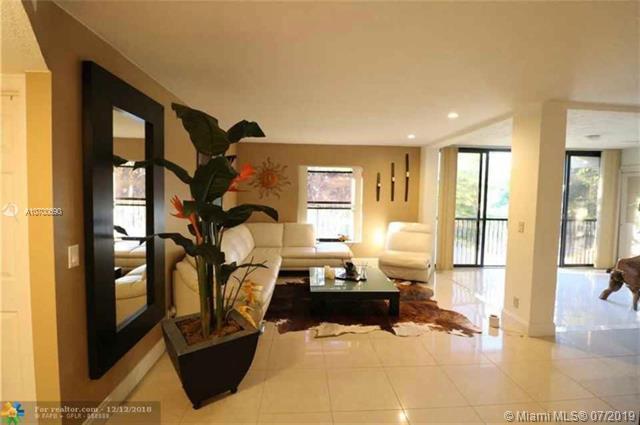 4683 N Carambola Cir #2764, Coconut Creek, FL 33066 (MLS #A10700690) :: Grove Properties