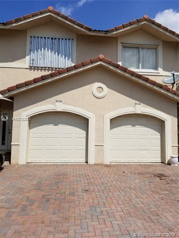 3114 Coral Ridge Dr, Coral Springs, FL 33065 (MLS #A10700870) :: Grove Properties