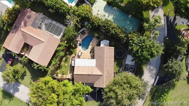 2651 NW 116th Ter, Coral Springs, FL 33065 (MLS #A10700940) :: Grove Properties